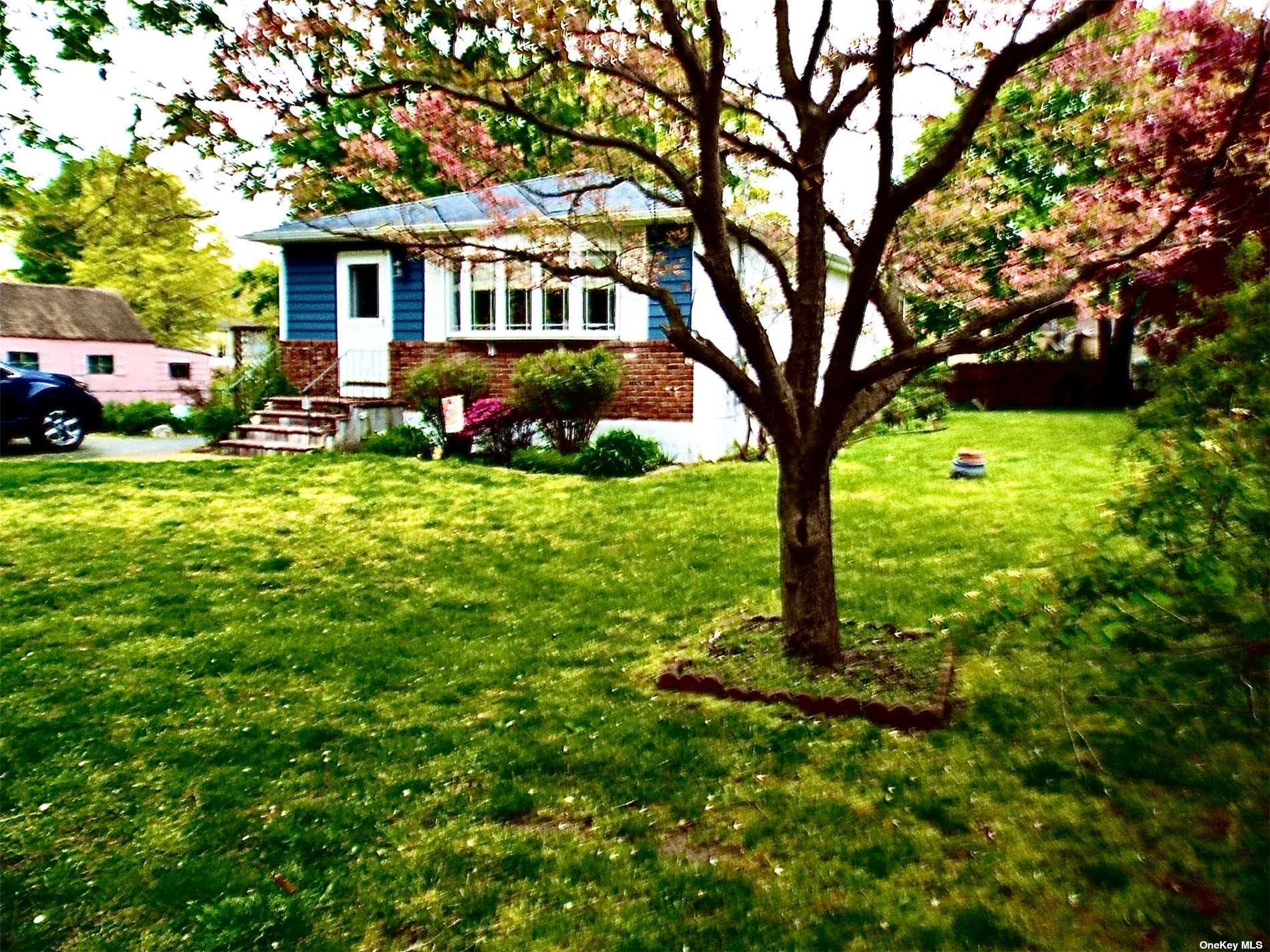 820 Broadway, Brentwood, NY 11717 - MLS#: 3311226
