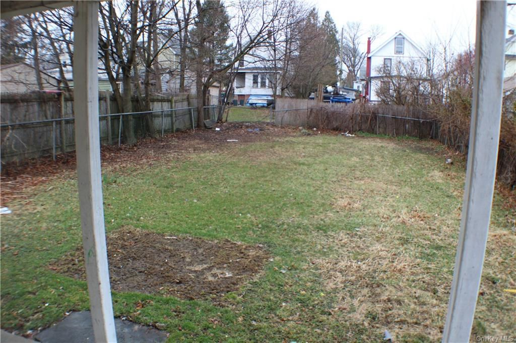 Photo of 203 Linden Avenue, Middletown, Ny 10940 (MLS # H6030226)