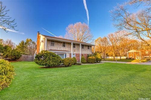 Photo of 3 Victor Place, Lake Grove, NY 11755 (MLS # 3304227)