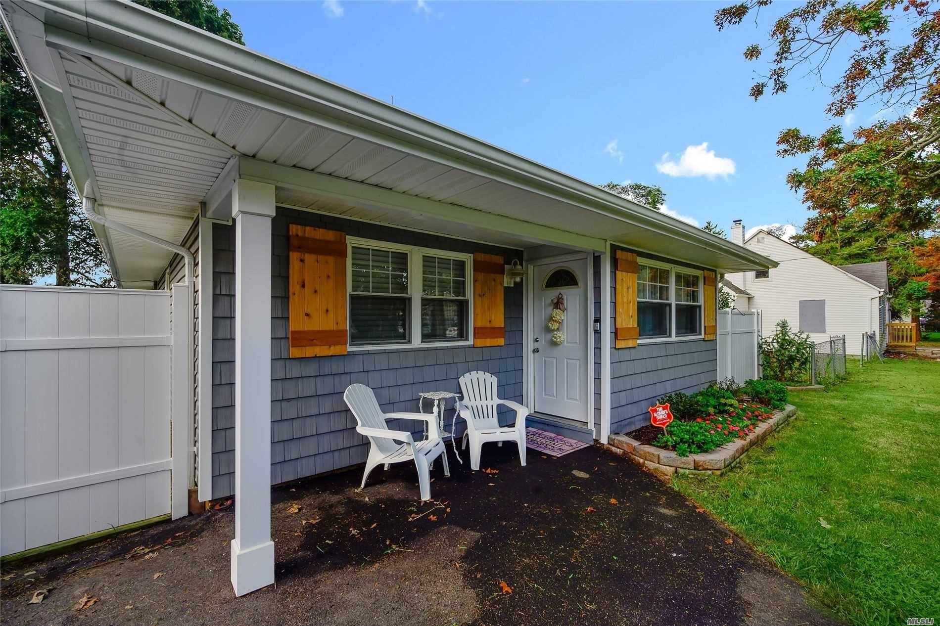 90 Manor Drive, Shirley, NY 11967 - MLS#: 3246228