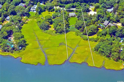 Photo of 1094 Springs Fireplace Road, East Hampton, NY 11937 (MLS # 3345229)