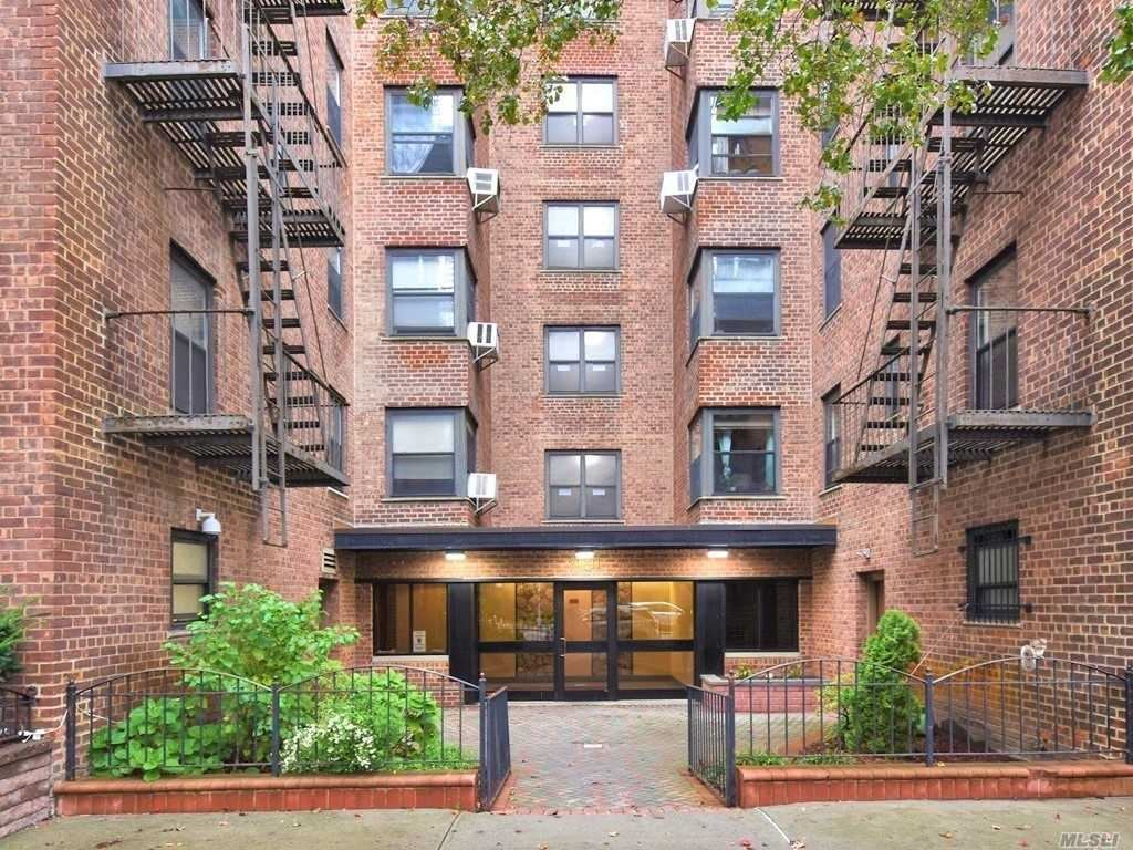 90-11 Northern Boulevard #607, Jackson Heights, NY 11372 - MLS#: 3211231