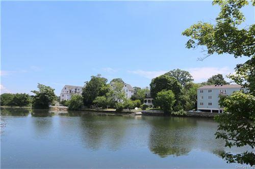Photo of 37 Harbor Lane #A1, New Rochelle, NY 10805 (MLS # H6047234)