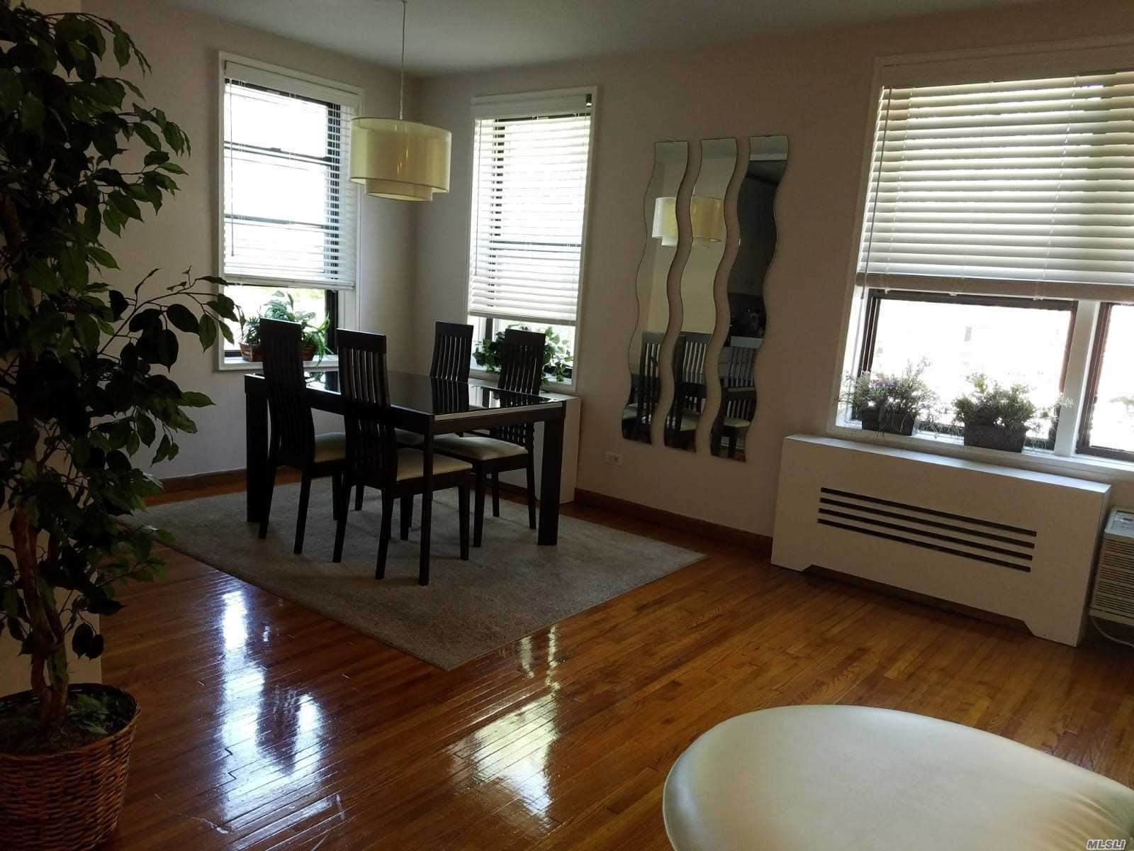 100-25 W Queens Boulevard #3FF, Forest Hills, NY 11375 - MLS#: 3242234