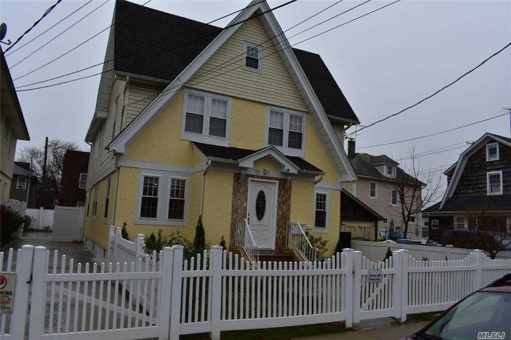 10 Van Cott Avenue, Hempstead, NY 11550 - MLS#: 3275234