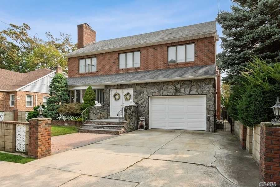 64 Rolling St, Lynbrook, NY 11563 - MLS#: 3253235