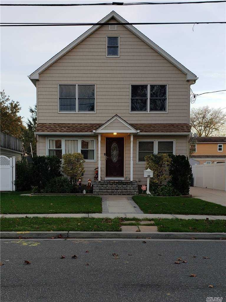 1864 Aaron Avenue, East Meadow, NY 11554 - MLS#: 3270239