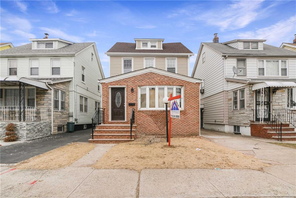 114-43 207 St, Cambria Heights, NY 11411 - MLS#: 3097240