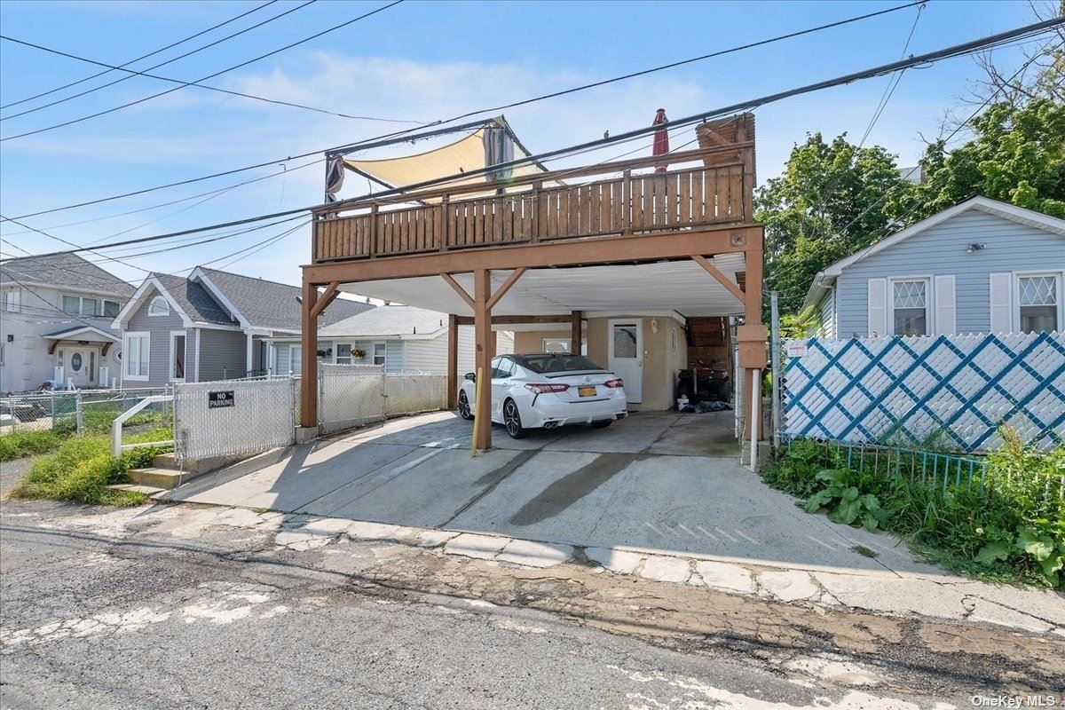 43 Pennyfield Camp, Bronx, NY 10465 - #: 3338240