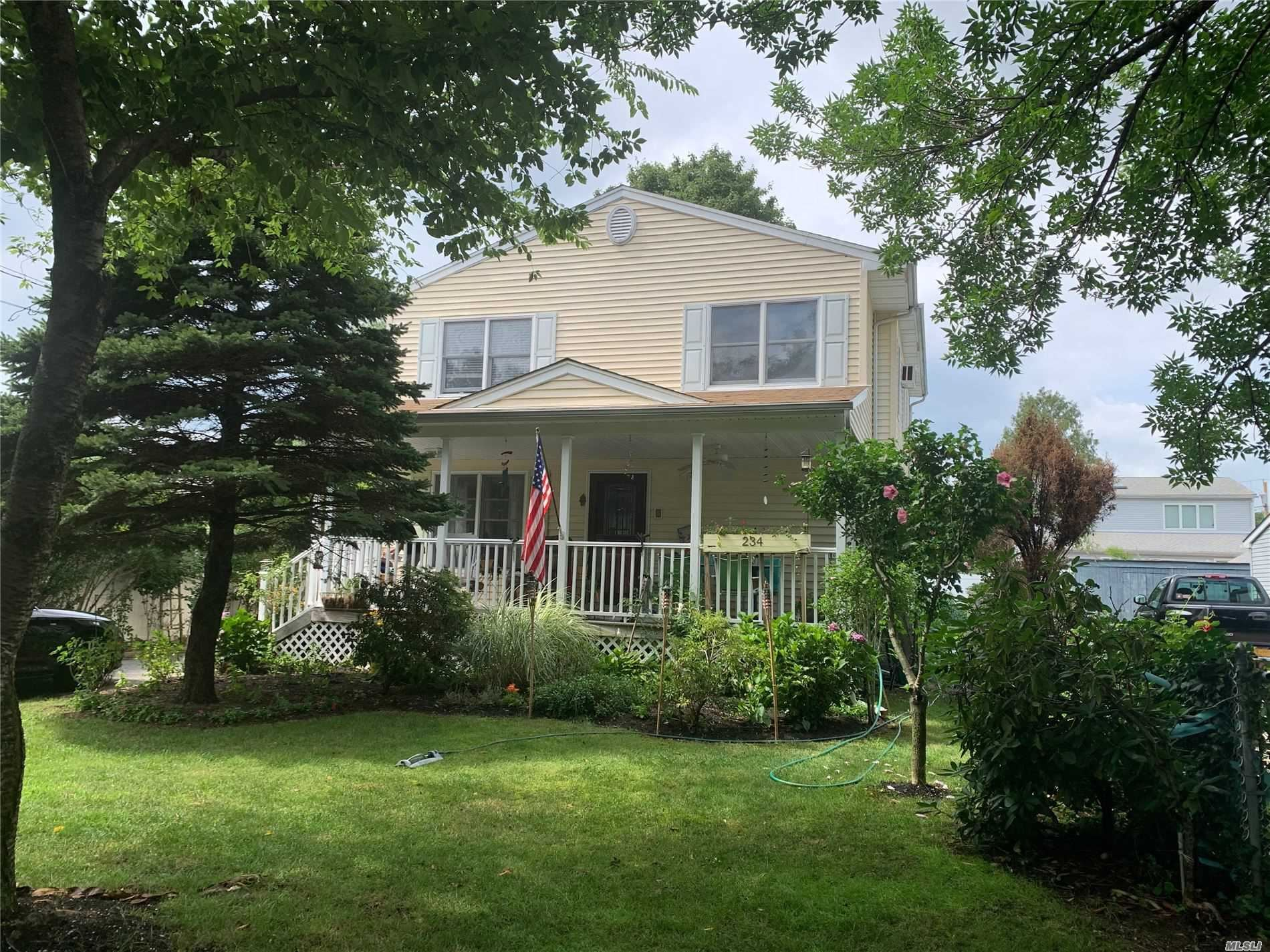 234 10th Street, Hicksville, NY 11801 - MLS#: 3239241