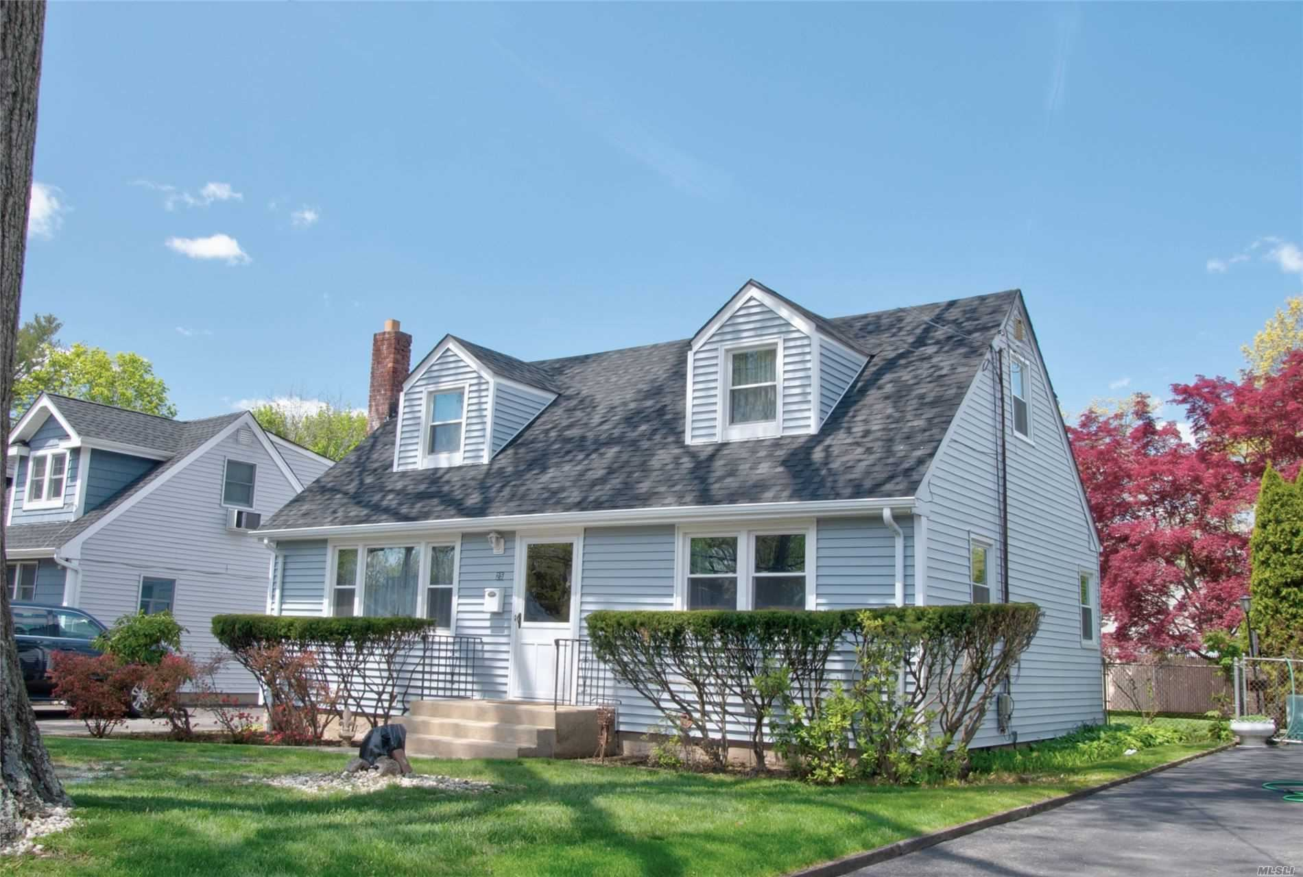 25 E 20th St, Huntington Station, NY 11746 - MLS#: 3214242