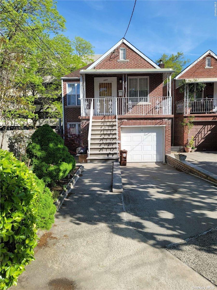 Photo of 1073 Esplanade Avenue, Bronx, NY 10461 (MLS # 3311244)