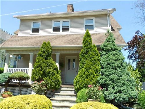 Photo of 11 Soundview Street, New Rochelle, NY 10805 (MLS # H6041245)