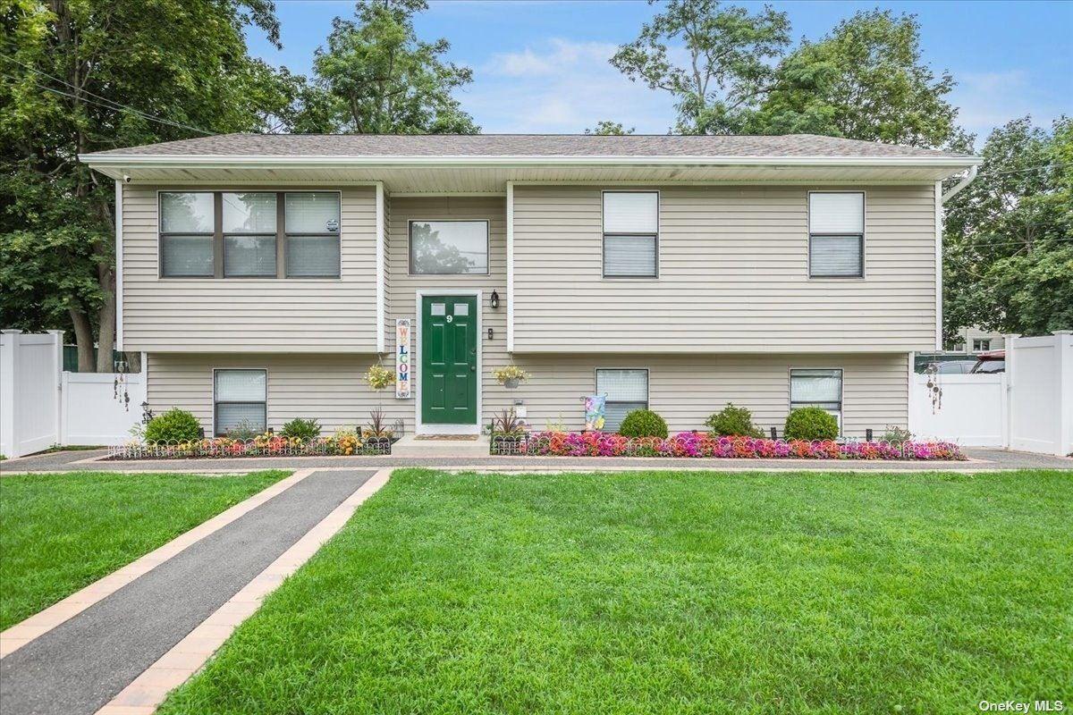 9 Rockne Street, Huntington, NY 11743 - MLS#: 3330246