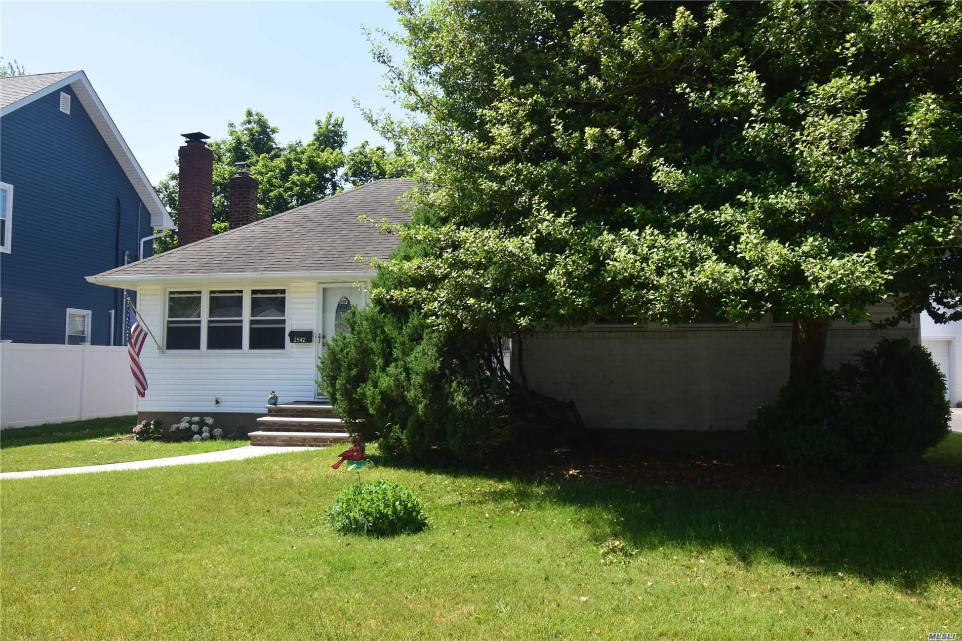 2942 Morgan Dr, Wantagh, NY 11793 - MLS#: 3221248