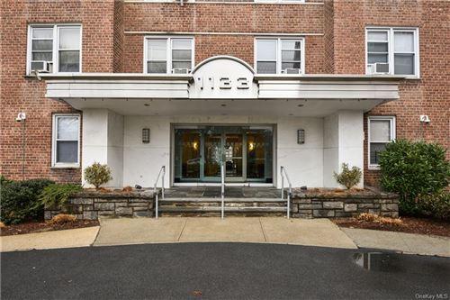 Photo of 1133 Midland Avenue #5G, Bronxville, NY 10708 (MLS # H6132250)