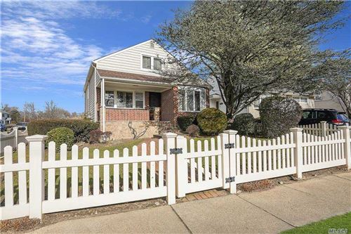 Photo of 199 Dwight St, Oceanside, NY 11572 (MLS # 3282252)