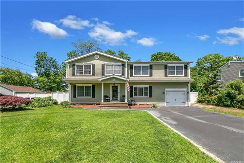 Photo of 9 Blossom Avenue, Holtsville, NY 11742 (MLS # 3320252)