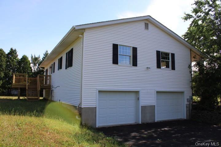 Photo of 14 Sherwood Drive, Wallkill, NY 12589 (MLS # H6049252)