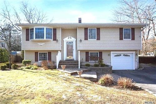 Photo of 62 Forest Avenue, Lake Grove, NY 11755 (MLS # 3213254)