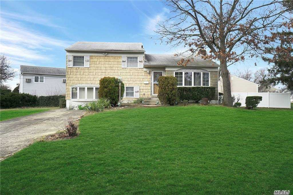 4045 Daleview Ave, Seaford, NY 11783 - MLS#: 3279254