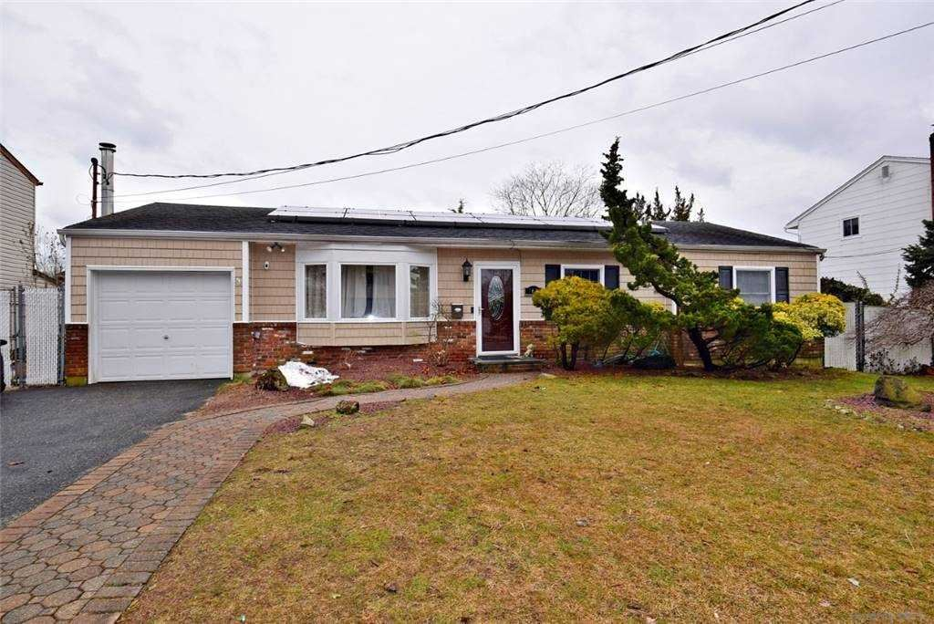 768 Windmill Avenue, West Babylon, NY 11704 - MLS#: 3291254