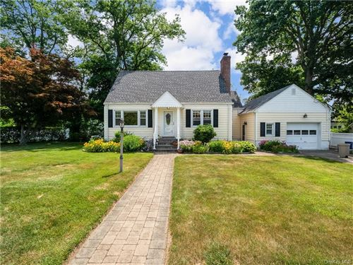 Photo of 4 Duluth Place, Eastchester, NY 10709 (MLS # H6043255)