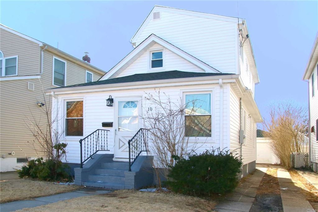 10 N 4 Street, New Hyde Park, NY 11040 - MLS#: 3104255