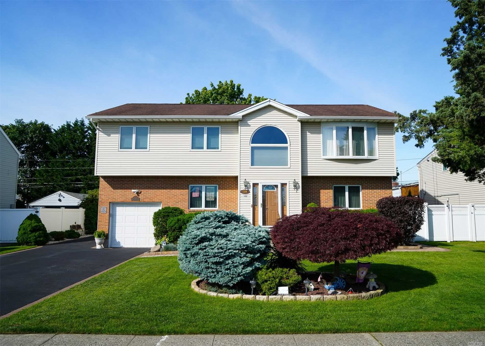 2396 2nd St, East Meadow, NY 11554 - MLS#: 3223257