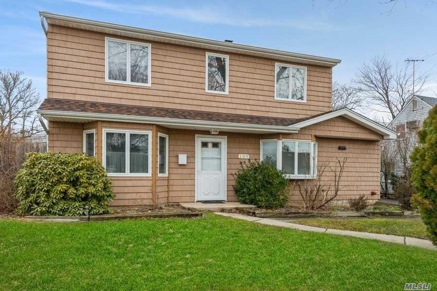 109 Old Oak Lane, Levittown, NY 11756 - MLS#: 3284257