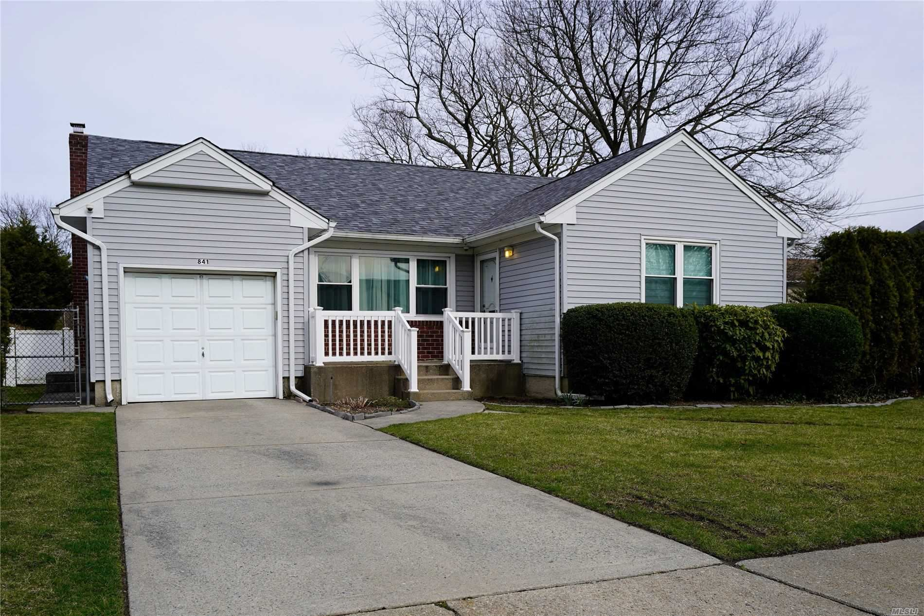 841 Cynthia Drive, East Meadow, NY 11554 - MLS#: 3209258