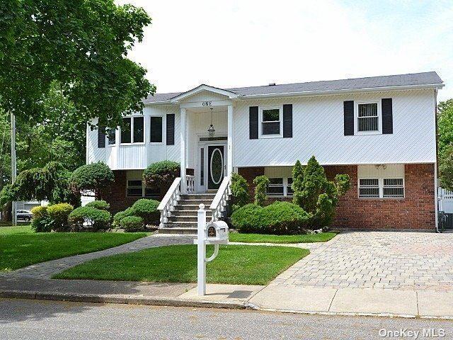 1 Chester Street, Smithtown, NY 11787 - MLS#: 3316258