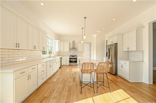 Photo of 15 Old Depot Road, Quogue, NY 11959 (MLS # 3340259)
