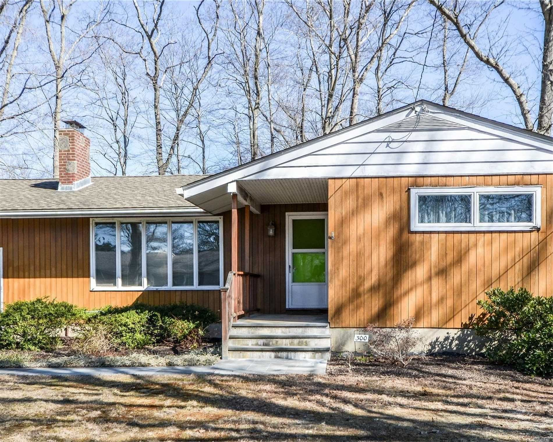 300 Woodcliff Drive, Mattituck, NY 11952 - MLS#: 3204259
