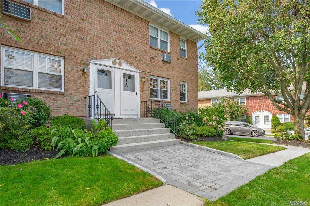 Photo of 3 Anchorage Lane #1A, Oyster Bay, NY 11771 (MLS # 3271261)