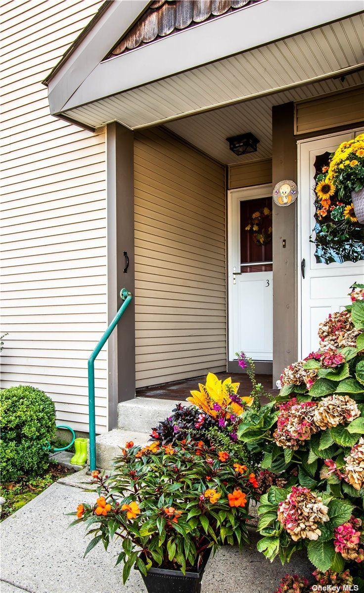 3 Greenmeadow Drive #First, Babylon, NY 11702 - MLS#: 3352261