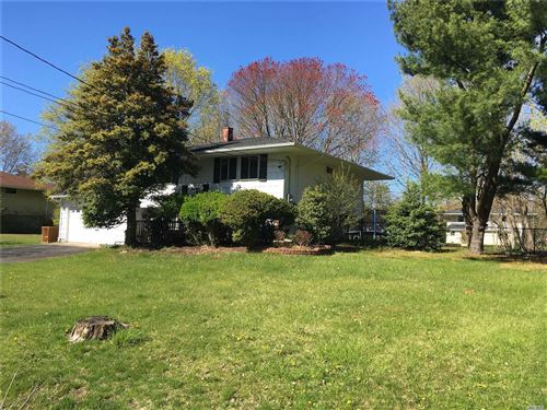 Photo of 21 Ringneck Lane, E. Setauket, NY 11733 (MLS # 3214262)