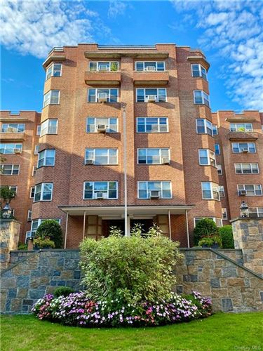 Photo of 235 Garth Road #D2A, Scarsdale, NY 10583 (MLS # H6059262)