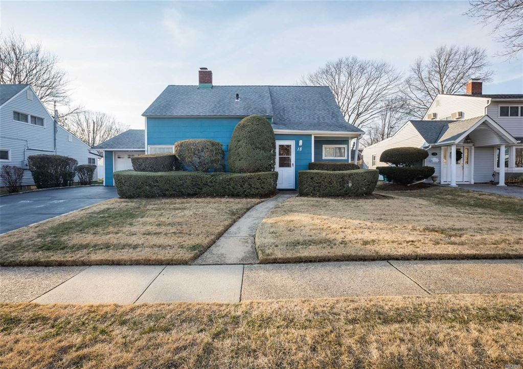 18 Russet Ln, Wantagh, NY 11793 - MLS#: 3099262