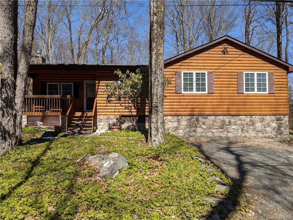 Photo for 47 W Adirondack Trail, Smallwood, NY 12778 (MLS # H6099262)