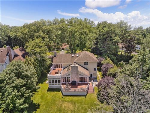 Photo of 62 Stratton Road, Scarsdale, NY 10583 (MLS # H6088264)