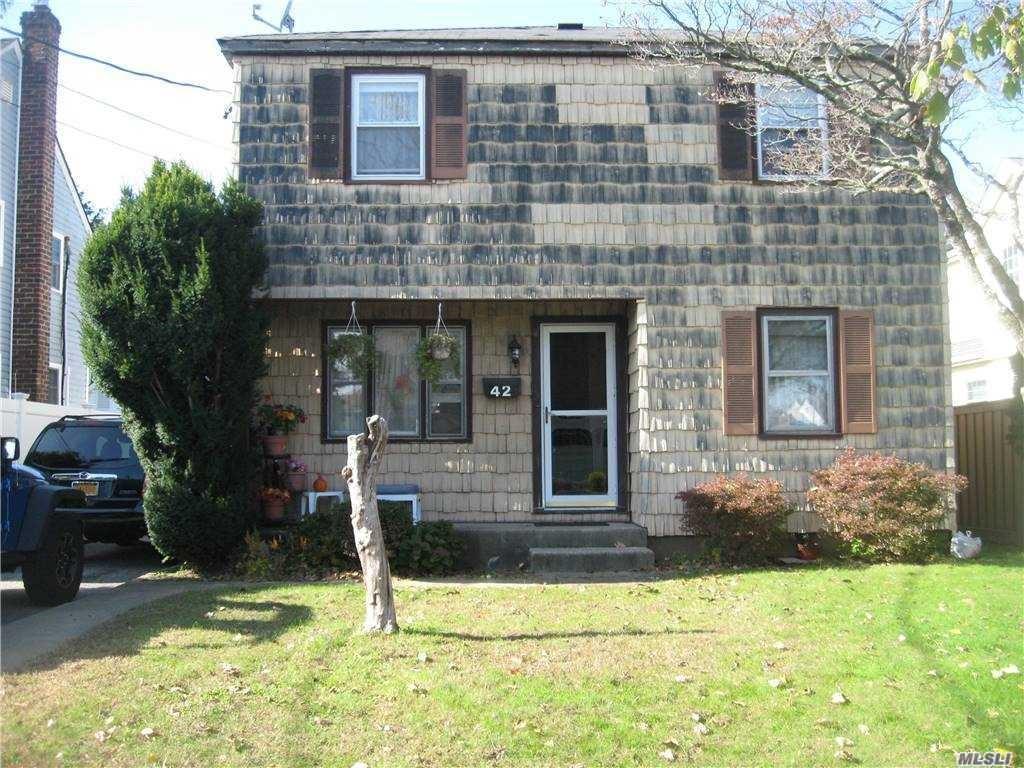 42 Elm Street, Hicksville, NY 11801 - MLS#: 3268264