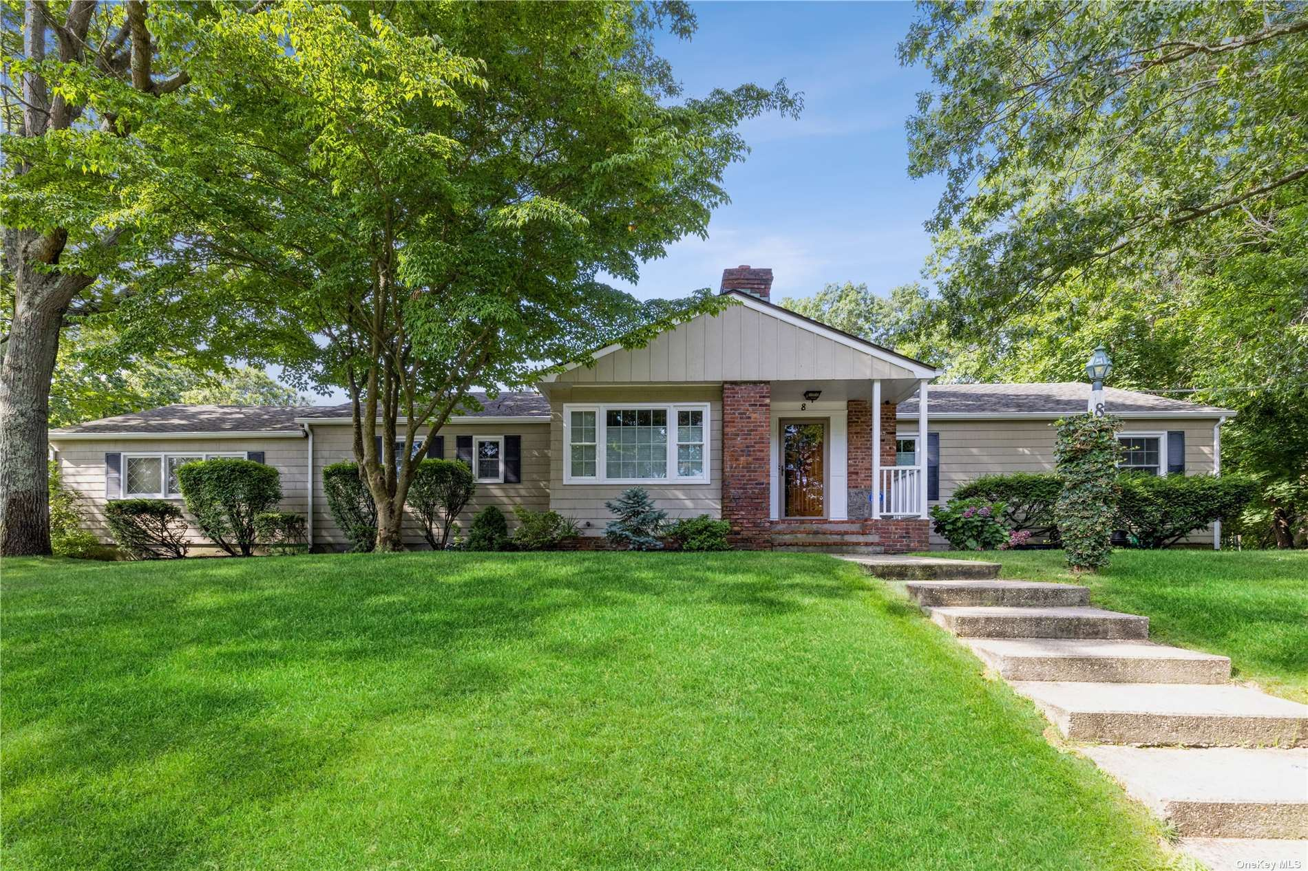 8 Swan View Drive, Patchogue, NY 11772 - MLS#: 3339264