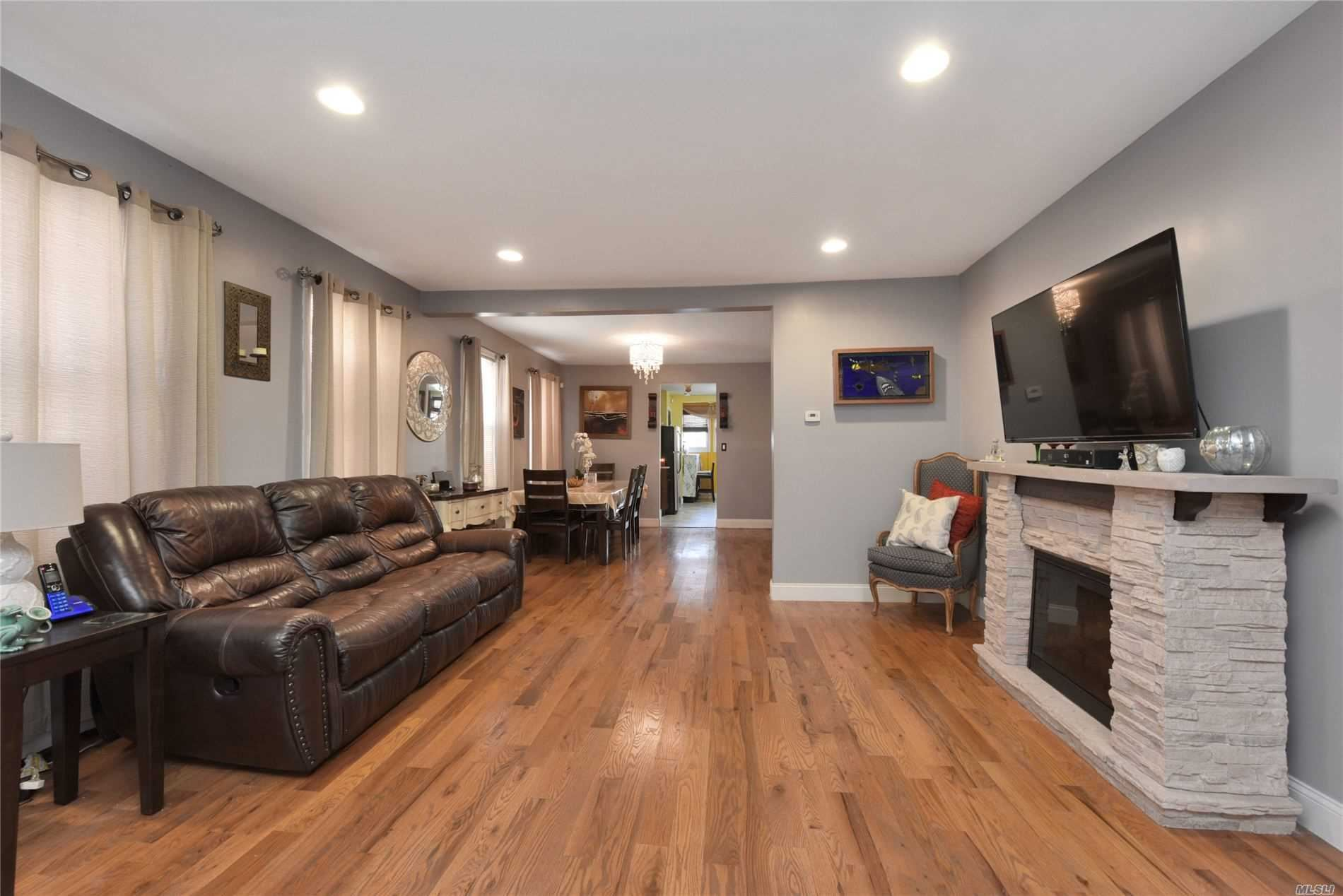 105-66 Van Wyck, Richmond Hill, NY 11418 - MLS#: 3210265