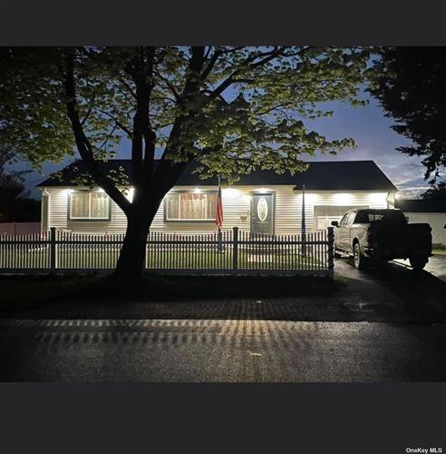 Photo of 17 Windward Way, Southampton, NY 11968 (MLS # 3351268)