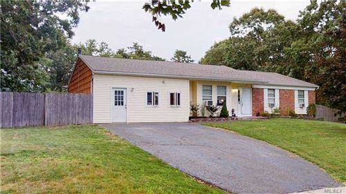 Photo of 21 Samuels Ln, Selden, NY 11784 (MLS # 3249269)