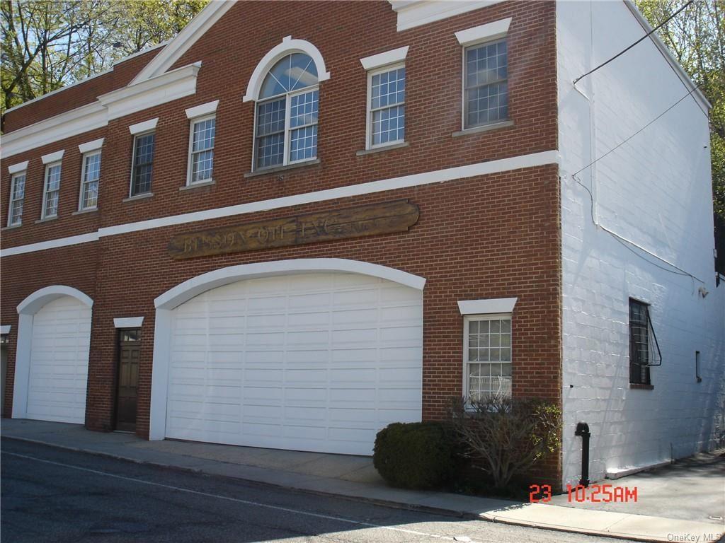Photo of 140 Marbledale Road, Tuckahoe, NY 10707 (MLS # H6112269)