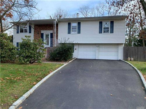 Photo of 3 Henearly Drive, Miller Place, NY 11764 (MLS # 3281271)