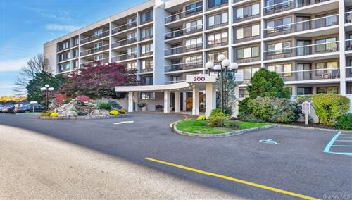 Photo of 200 High Point Drive #307, Hartsdale, NY 10530 (MLS # H6109271)