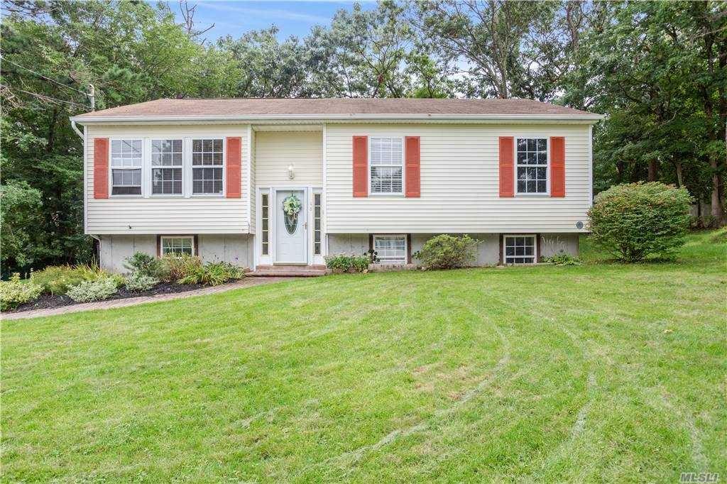 48 Barbara Lane, Medford, NY 11763 - MLS#: 3251272